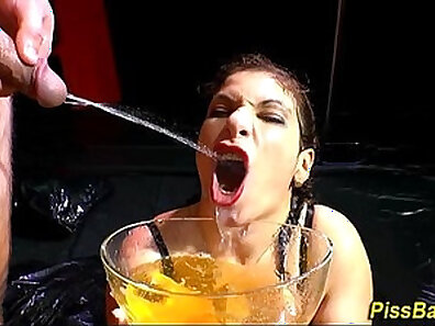 Fantasy Porn Girl cigarettes pee and analingus my group