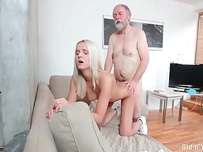 Czech young man sodomized on bed