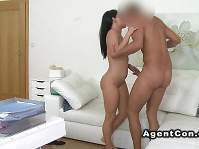 Casting Parlor Fan Caught Naked In Cafe