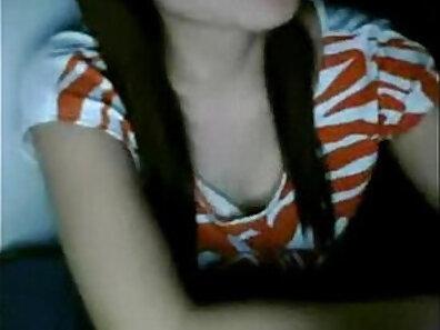 Busty Blonde Masturbating Live Webcam