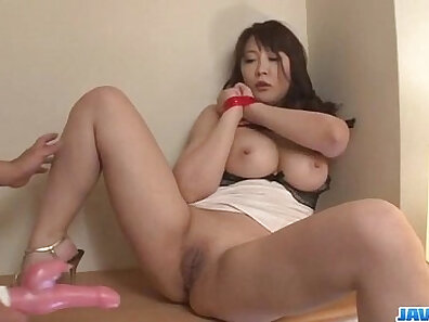 Busty Milf Megan Lei first with a dildo