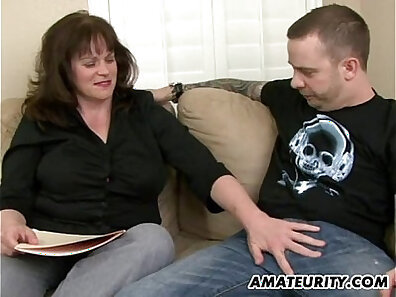 Amateur busty old milf gets fucked by young lycra