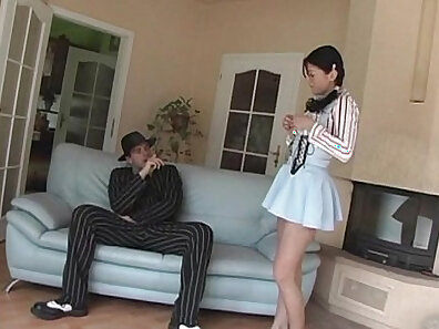 Euro Girl pissed In Delicious Riding