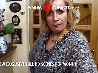 Young Girl Anal Fucking Mercedes Benz Video, 2010