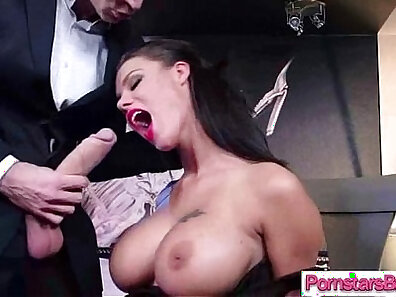 Cock Hungry Pornstar Peta Jensen Plays With Her Tight Pussy