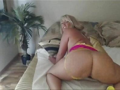 Beautiful Milf Domi fucked on cam