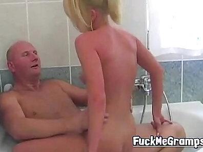 Blondie banged by grandpa inside his bath