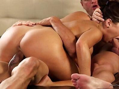 Cop in pants Flunking Step Grinder gets a sensual massage