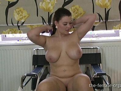 Big Breasted Latina Babe Masturbates To Orgasm