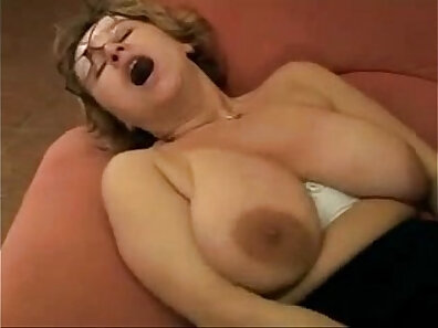 Hot bitch gets her mouth smashed
