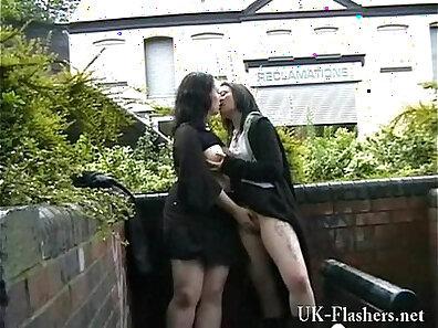 Amateur teen lesbians free public video