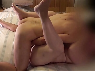 Amateur X - Homemade Pussy Creampie