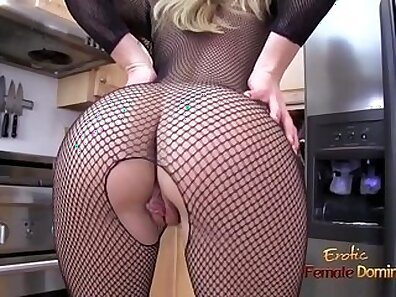 Blonde milf in stockings fucking with pawn guy