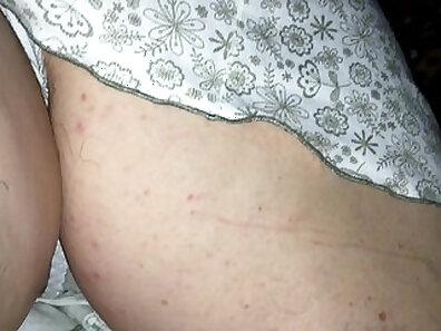 Granny fucks when she is sleeping
