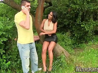 Chocolate lover meets a black stud and she almost pee