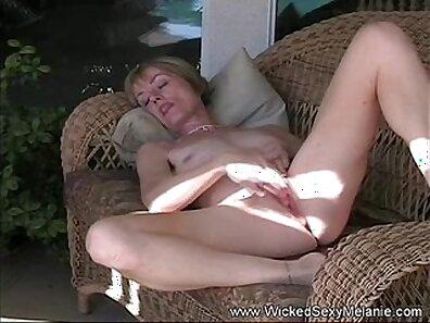 Mother fucks women and cocks