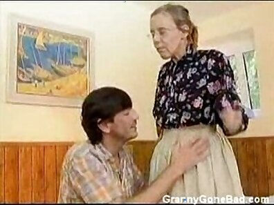 Hairy granny takes cocks in ass hole