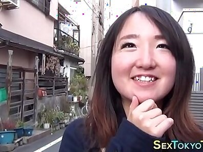 Japanese babe with perfect body cums flashing her tiny boobs
