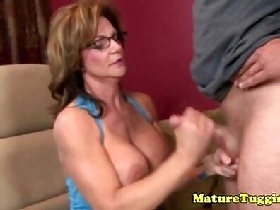 Granny Gets Ripped By Older Woman