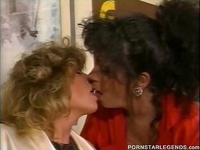 Busty Acsey Love & Bella Swan in classic lesbian porn video