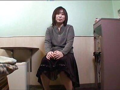 Chained up japanese couple toyed
