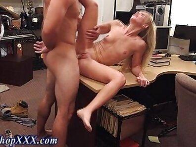 Amateur Blonde Girl Screw Sucking Cock