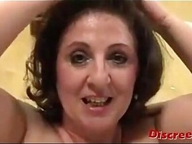 Bigtit european milf double penetration and feet fucked