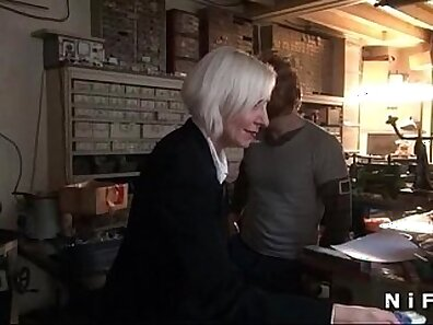 Anjelie Coast and French mature Russian amateur fucked in ten shebang