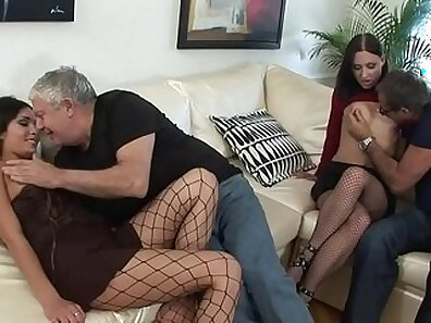 Extreme mature fuck with couple over moon