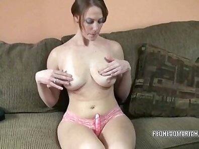 Busty college girl toys fuck after classes FUN