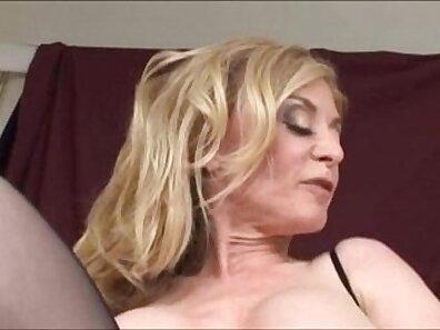 Brunette cougar Nina Hartley hard fucked in the backyard