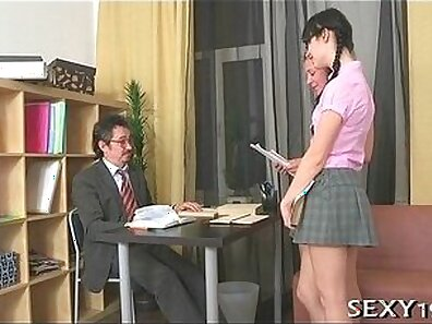Tricky girl sucking the dick