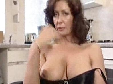 bad housewife in london for boyfriend