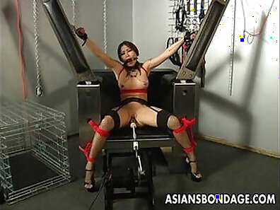Busty brunette whore the machine gets her pussy devoured