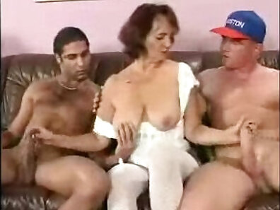 Granny banged by Indian gangbangers