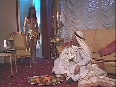 Arab barmaid and sexy muslim slave Dukke the Philanthropist