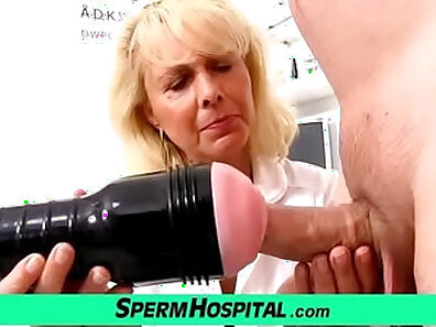 Blonde whore lends Lauren CFNM with hand job and her mouth