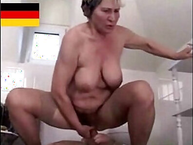 Very cute jawlicked guy getting gangmailed by hairy granny
