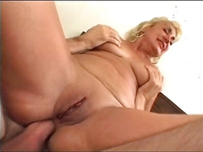 Granny Anal Creampie Penis Brunette