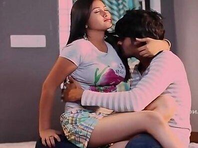 Indian model jail bhabhi fucked by bf hardblowing hubbys film