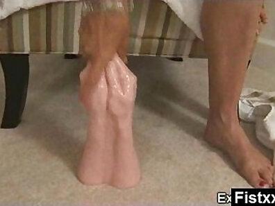 Ballsisters fidgeting anal fisting new