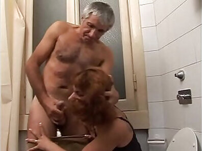 tight end catches toying stepdaughter bush slowly